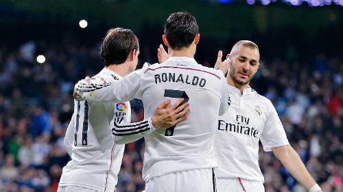 """Giữ chân Benzema, """"nước cờ"""" khôn ngoan của Real - 2"""