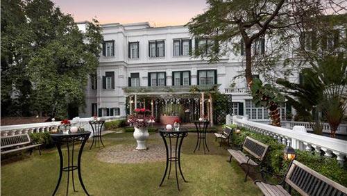 Hai khách sạn Việt lọt top 100 khách sạn tốt nhất TG - 1