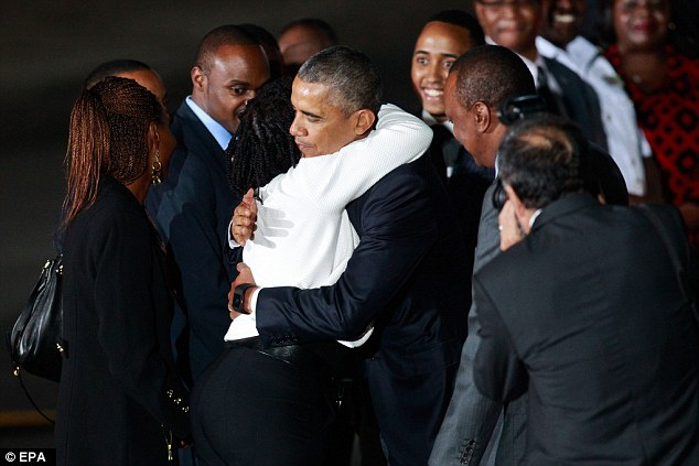 Niềm vui ngày đoàn tụ của TT Mỹ Obama tại quê cha - 5