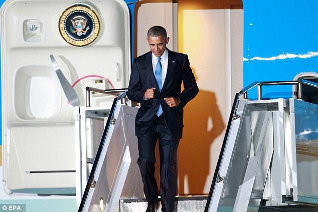 Niềm vui ngày đoàn tụ của TT Mỹ Obama tại quê cha - 8