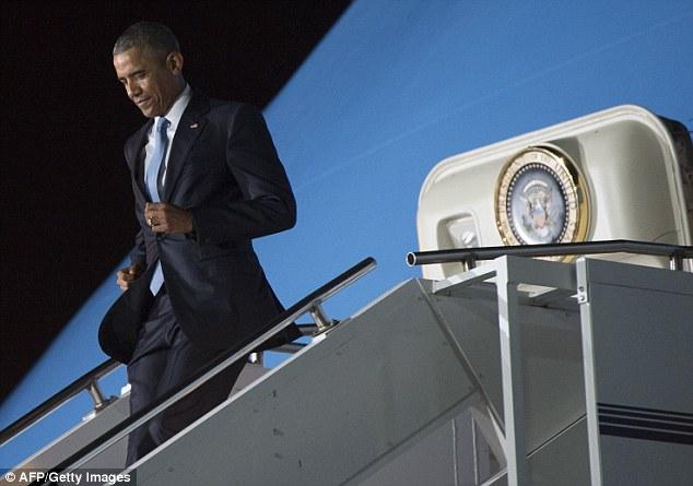 Niềm vui ngày đoàn tụ của TT Mỹ Obama tại quê cha - 9