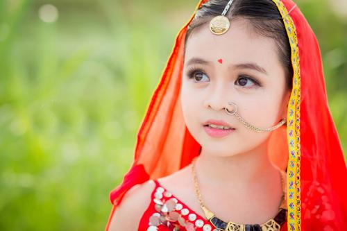 """Mê mẩn với vẻ đẹp của """"Cô dâu 8 tuổi phiên bản Việt"""" - 1"""