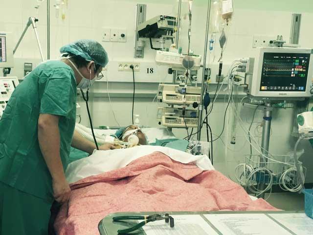 Bệnh nhân được ghép khối tim phổi ở Huế đã tử vong - 1