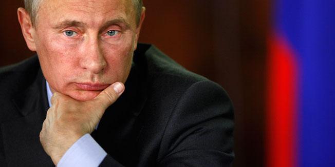 Tổng thống Nga sa thải 110.000 viên chức chính phủ - 1