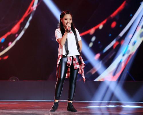 Cậu bé 13 tuổi hát hit Sơn Tùng gây sốt The Voice Kids - 10