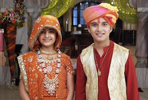 """Chú rể của """"Cô dâu 8 tuổi"""" trở thành tài tử Bollywood - 1"""