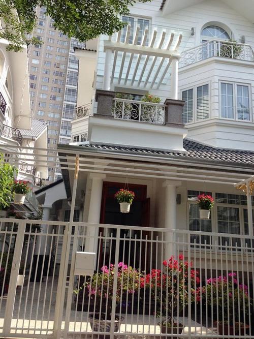 5 sao Việt sở hữu nhà mặt phố đắt đỏ - 9