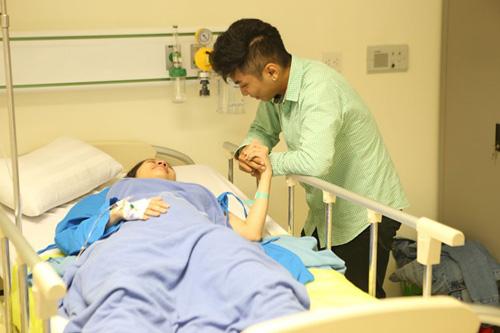 Những ông chồng sao Việt đảm đang chăm vợ con - 2