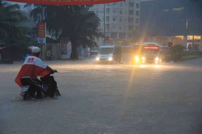 Quảng Ninh chìm trong trận lụt lịch sử - 2