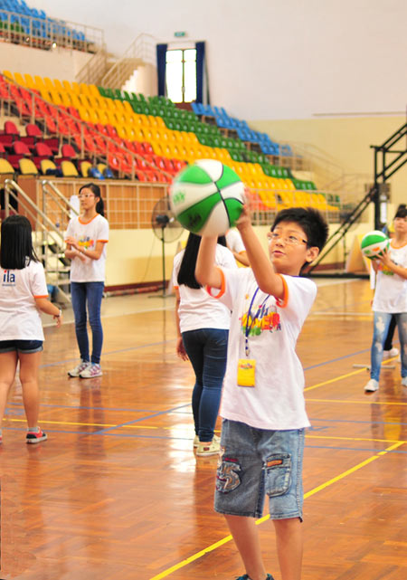 ILA chia sẻ niềm vui mùa hè cùng trẻ em kém may mắn - 3