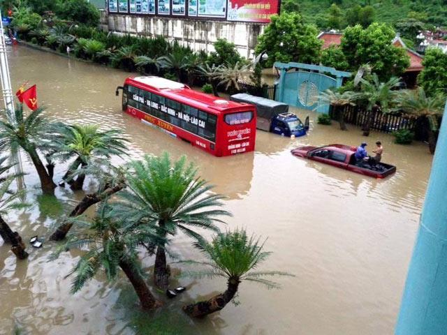 Quảng Ninh: 3 mẹ con bị nhấn chìm trong mưa lũ lịch sử - 5