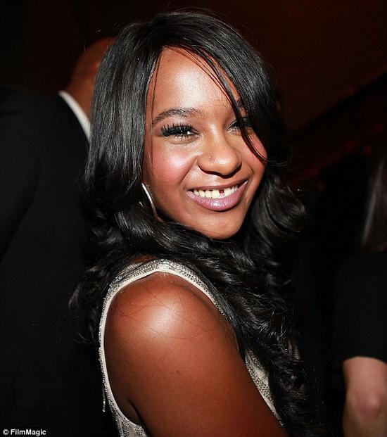Con gái Whitney Houston qua đời ở tuổi 22 - 1