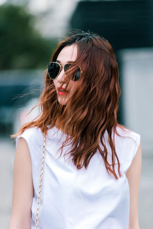 Gu mặc sành điệu của cô gái mê jeans trên phố Sài Gòn - 13