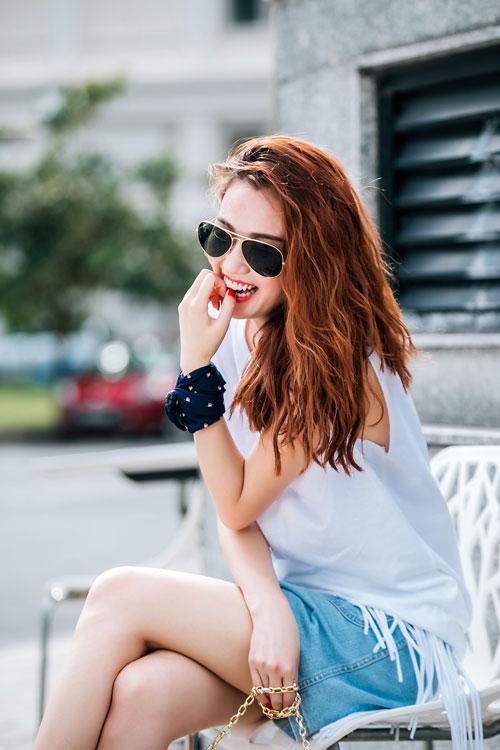 Gu mặc sành điệu của cô gái mê jeans trên phố Sài Gòn - 14