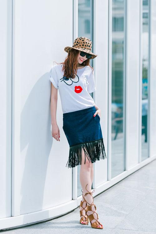 Gu mặc sành điệu của cô gái mê jeans trên phố Sài Gòn - 9