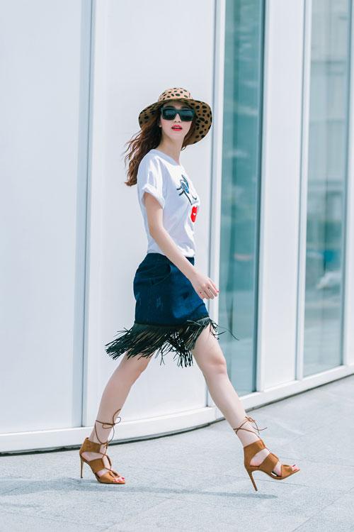 Gu mặc sành điệu của cô gái mê jeans trên phố Sài Gòn - 10
