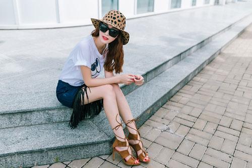 Gu mặc sành điệu của cô gái mê jeans trên phố Sài Gòn - 11