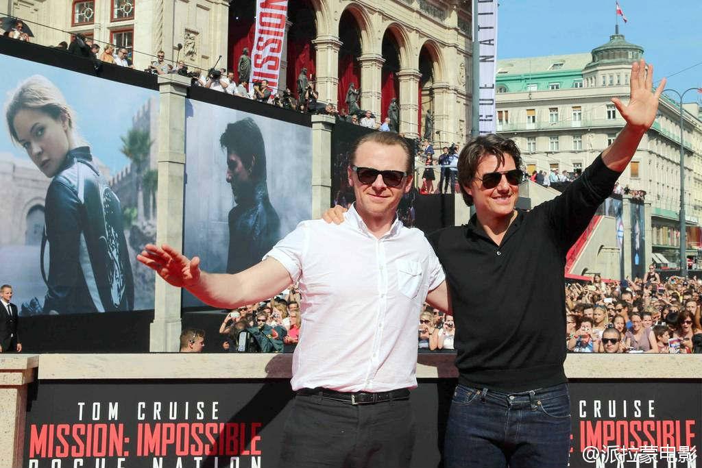 """Tom Cruise rơi vào tình huống """"nghìn cân treo sợi tóc"""" - 2"""