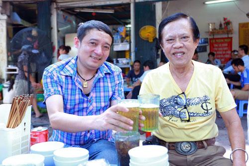 Danh hài Chiến Thắng la cà bia hơi với nhạc sĩ Vinh Sử - 11