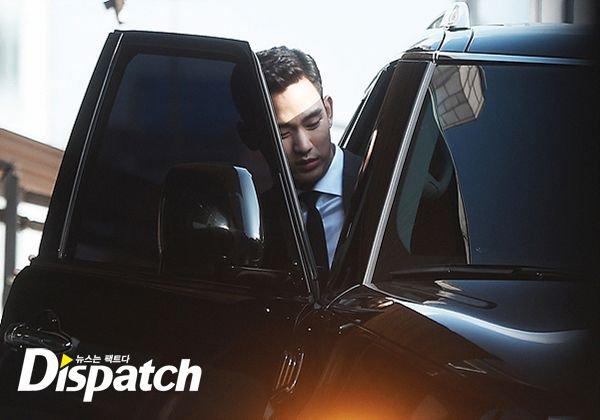 Bae Yong Joon dùng siêu xe 20 tỷ đón dâu - 8