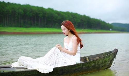Đinh Hương ngọt ngào trở lại giữa cảnh Đà Lạt tuyệt đẹp - 1