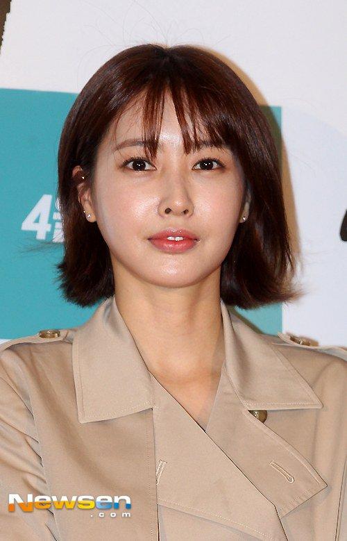 Chú rể Bae Yong Joon bị chê thậm tệ sau đám cưới - 7