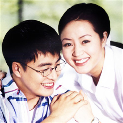 Chú rể Bae Yong Joon bị chê thậm tệ sau đám cưới - 3