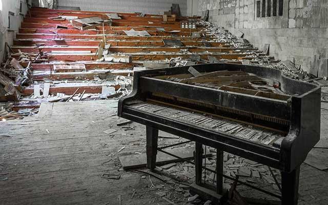 """Rợn người thị trấn """"ma"""" trong lòng Chernobyl - 6"""