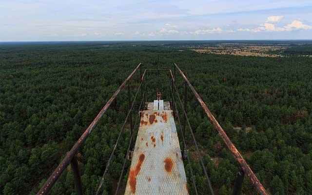 """Rợn người thị trấn """"ma"""" trong lòng Chernobyl - 7"""