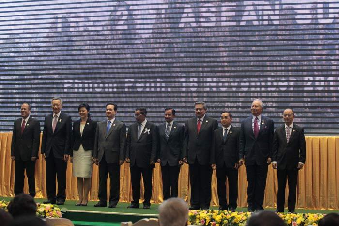 """Chuyên gia nghi ngờ động cơ """"hòa giải Biển Đông"""" của Campuchia - 3"""