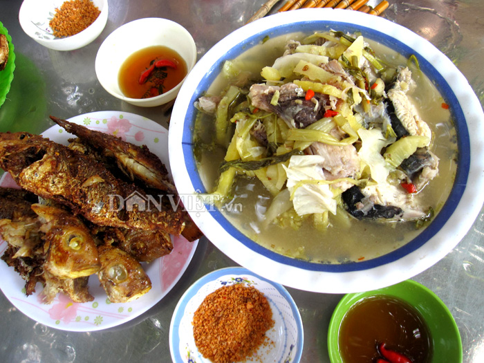 Về Rạch Giá thưởng thức cá ba thú nấu canh dưa cải - 3