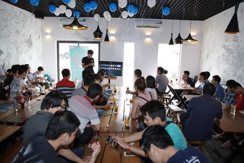 Họa sĩ Thành Phong gặp gỡ tín đồ yêu công nghệ - 1