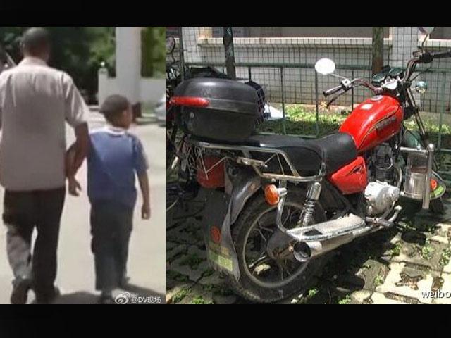 """TQ: Bị thu xe, bố """"cắm"""" luôn con trai ở đồn cảnh sát - 1"""