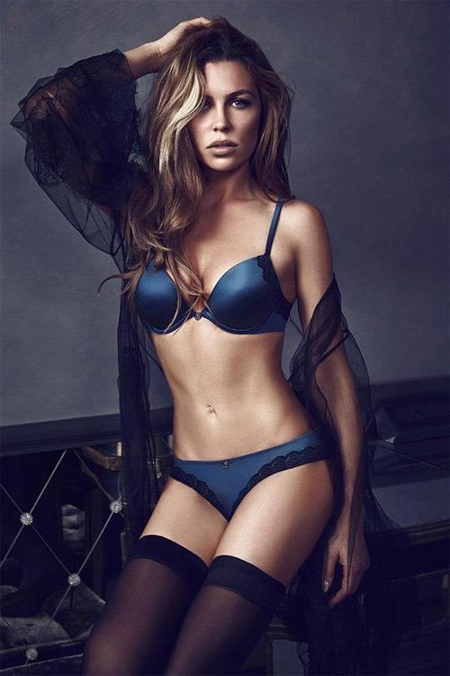 """Vóc dáng quá sexy của bà mẹ 2 con """"hot"""" nhất nước Anh - 5"""