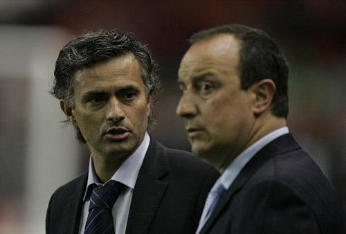 """Mourinho – Benitez: 11 năm """"không đội trời chung"""" - 1"""