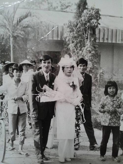 Câu chuyện cảm động sau những bức hình cưới ngày xưa - 7