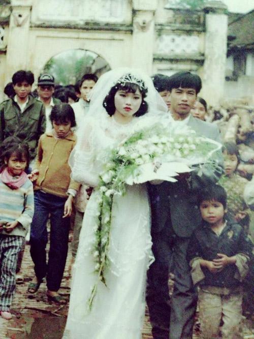 Câu chuyện cảm động sau những bức hình cưới ngày xưa - 8