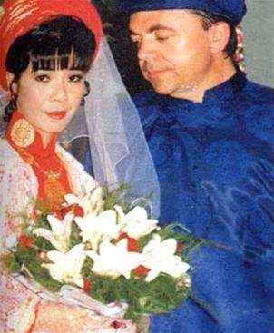 Những tấm ảnh cưới thời xưa ít biết của sao Việt - 7