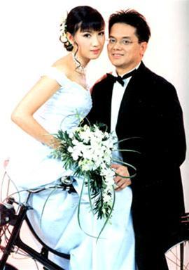 Những tấm ảnh cưới thời xưa ít biết của sao Việt - 9