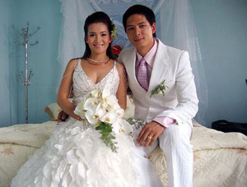 Những tấm ảnh cưới thời xưa ít biết của sao Việt - 12