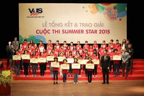 Gần 200 giải thưởng dành tặng cho học viên xuất sắc tại VUS - 2