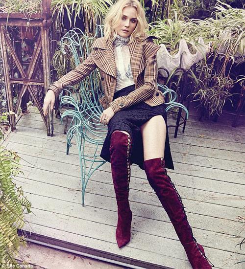 Chồng siêu mẫu Kate Moss âu yếm cựu thiên thần nội y - 7
