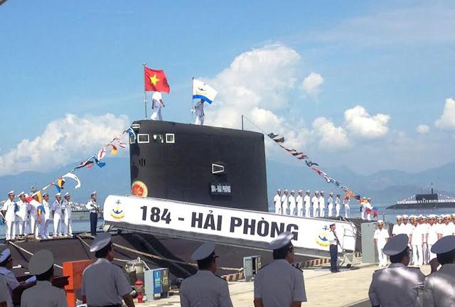 Ảnh: Lễ thượng cờ 2 tàu ngầm 184-Hải Phòng và 185-Khánh Hòa - 2