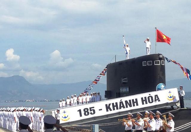 Ảnh: Lễ thượng cờ 2 tàu ngầm 184-Hải Phòng và 185-Khánh Hòa - 3