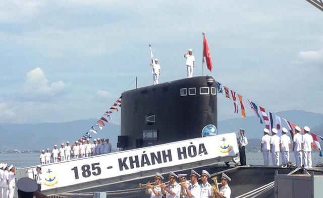 Ảnh: Lễ thượng cờ 2 tàu ngầm 184-Hải Phòng và 185-Khánh Hòa - 5