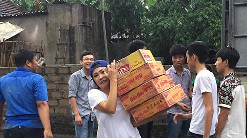 Sao Việt kêu gọi ủng hộ đồng bào gặp lũ lụt ở Quảng Ninh - 2