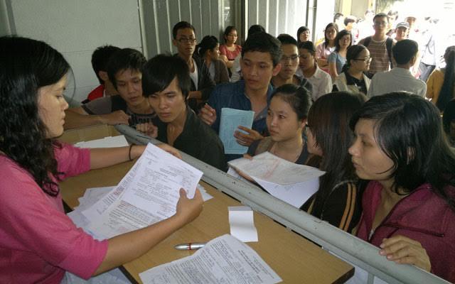 Những lưu ý khi nộp hồ sơ xét tuyển ĐH-CĐ - 1