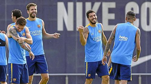 """""""Mũi đinh ba"""" Barca & mục tiêu mới: 140 bàn - 1"""