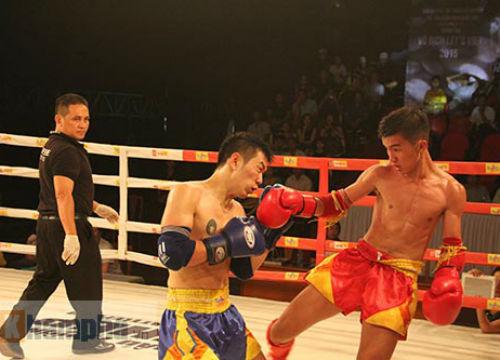 Dính đòn nặng, võ sĩ gục ngay trên sàn đấu - 10