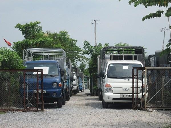 """Khám phá """"thiên đường"""" xe ô tô cũ tại Hà Nội - 6"""